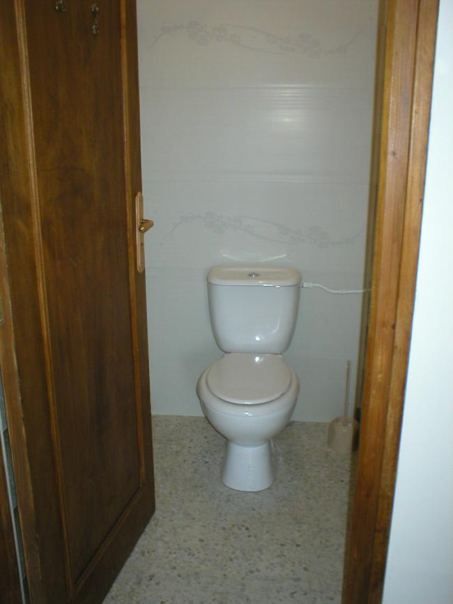 Toilettes Location Maison Carbuccia Corse Du Sud